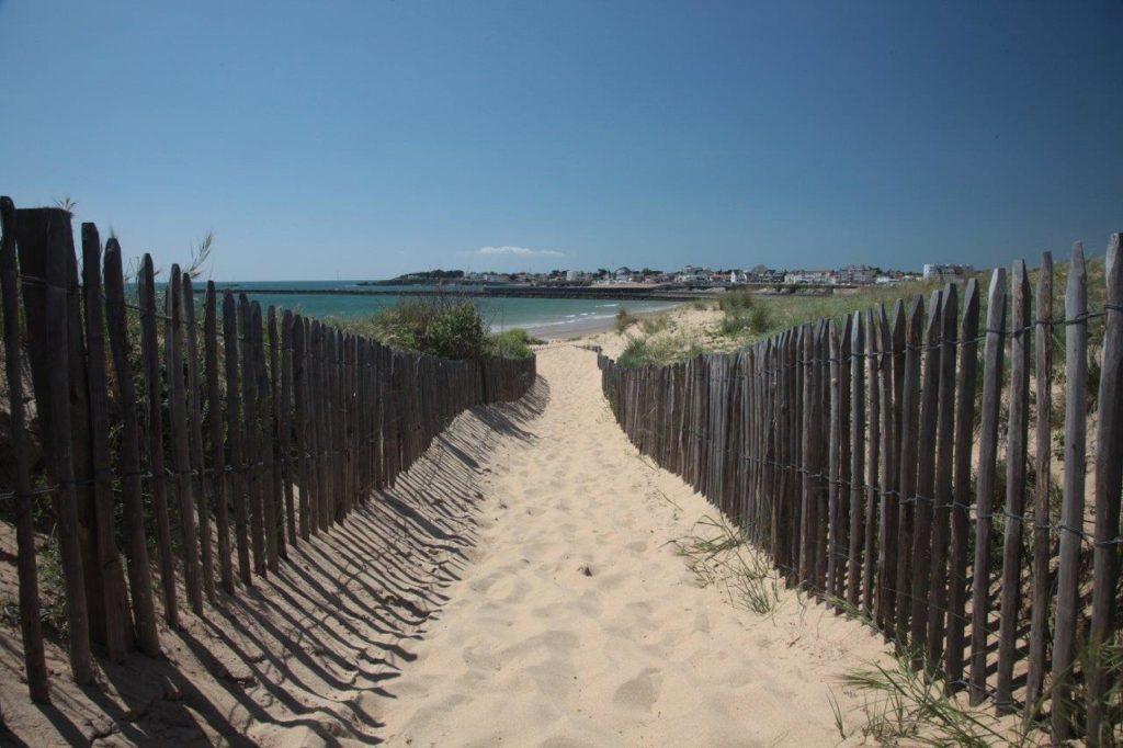 Accès plage Saint Gilles Croix de Vie