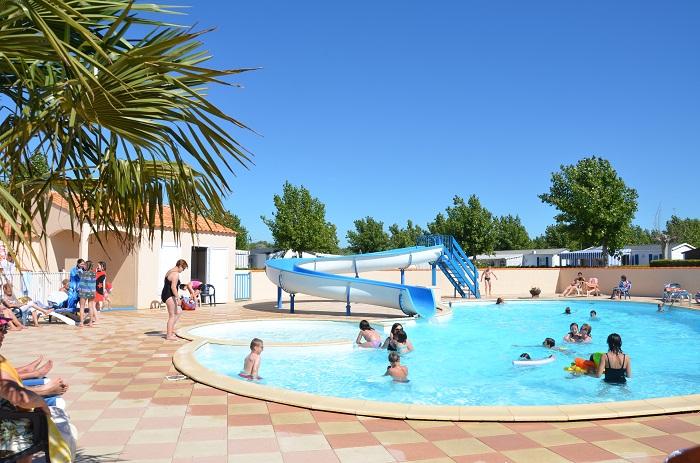 Camping 3 étoiles en Vendée avec piscine
